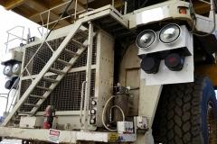 830E-Komatsu-Haul-Truck-install-5_web
